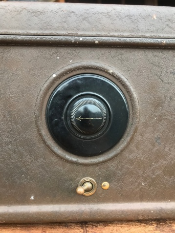 Antique Atwater Kent Radio